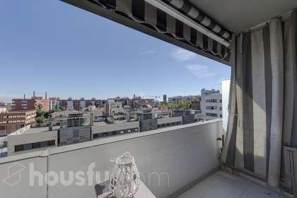 Piso en venta en Avenida Corts Catalanes