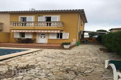 Casa en venta en Calle Almirall Moreno