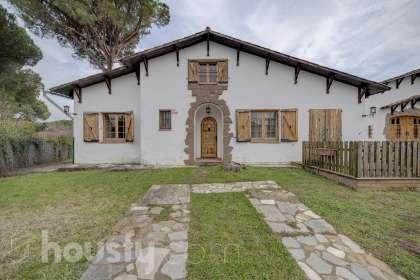 Casa en venta en Calle Del Bosc (Ur Mont-Rei)