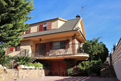 Casa en venta en Calle Paterna San Lázaro