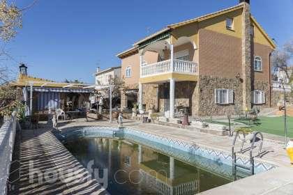 Casa en venta en Urb. Urtajo, (Parcela N8) Calle León, 3 Colmenar de Oreja