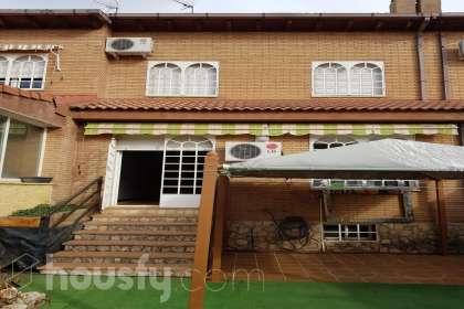 Casa en venta en Calle Río Turia