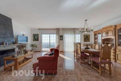 Casa en venta en Carrer Prunera