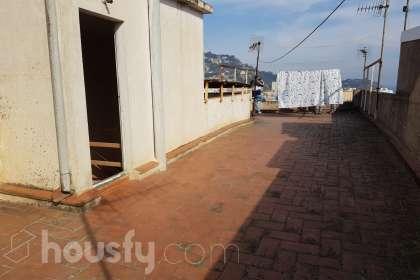 Piso en venta en Carrer Montseny