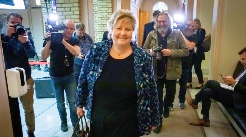 Erna Solberg i Stortingets vandrehall