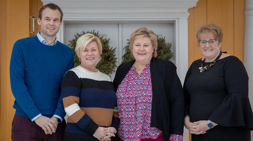 Fra venstre: Kjell Ingolf Ropstad, Siv Jensen, Erna Solberg og Trine Skei Grande. Fra Granavolden i Hadeland.