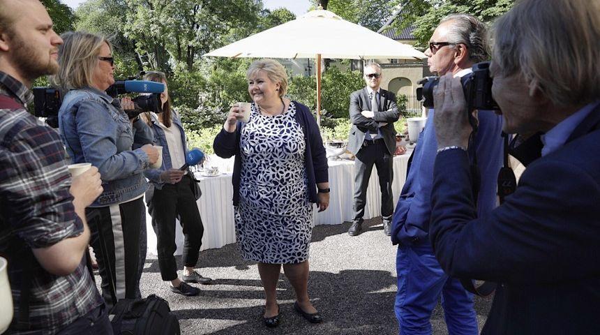Statsminister Erna Solberg møter pressen i periodens siste pressekonferanse. Foto: Hans Kristian Thorbjørnsen
