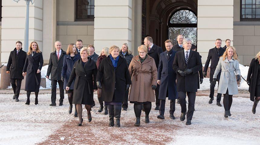 - Vi skaper historie når vi danner en regjering med tre kvinnelige partiledere. Foto: Hans Kristian Thorbjørnsen