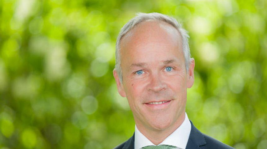 Jan Tore Sanner er opptatt av at vi skal skape mer, ikke skatte mer. Foto: Hans Kristian Thorbjørnsen