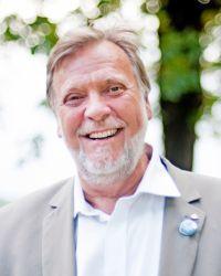 Peter J Henrik Kuran