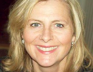 Monica Therese Vee Bratlie, Ordfører, Hurum