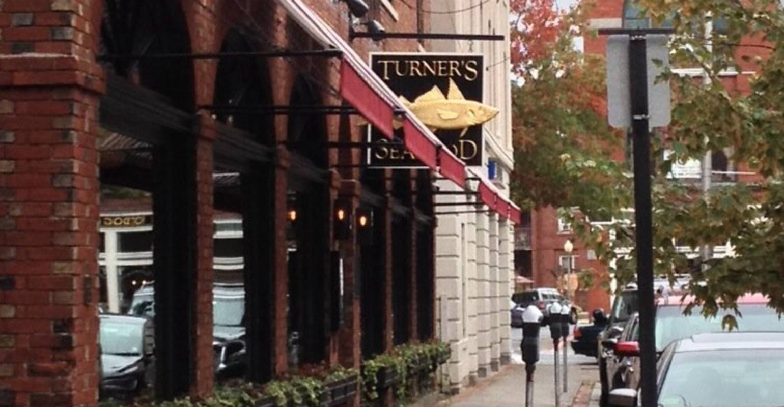 Turner's Seafood Grill & Market
