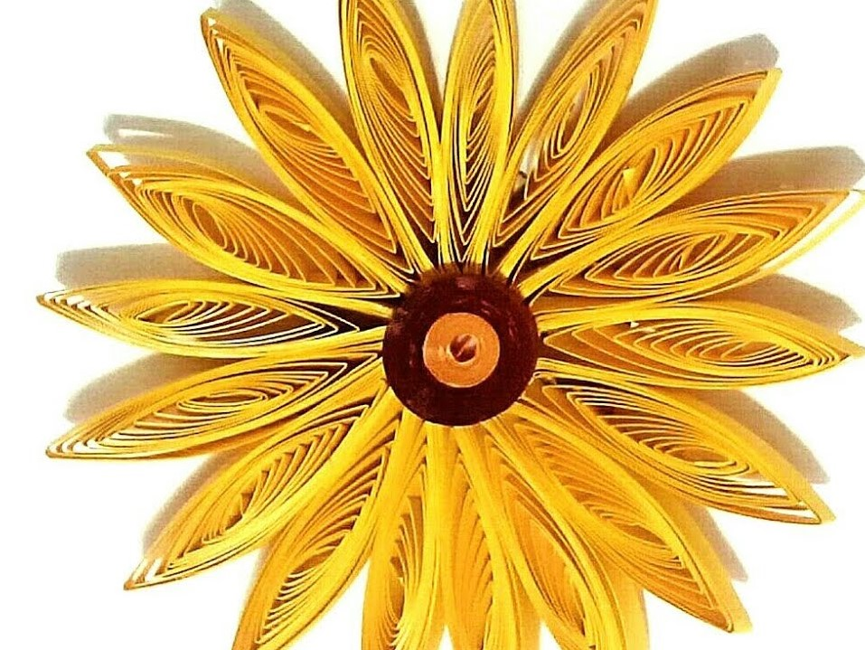Simple 3D Quilling Flower | How to make a Quilling Bouquet part - I