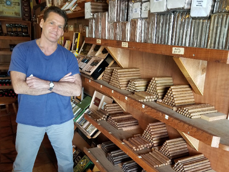 FREEDOM FINE CIGARS & LOUNGE | Cigarfriendly: Naples, FL Featured Image