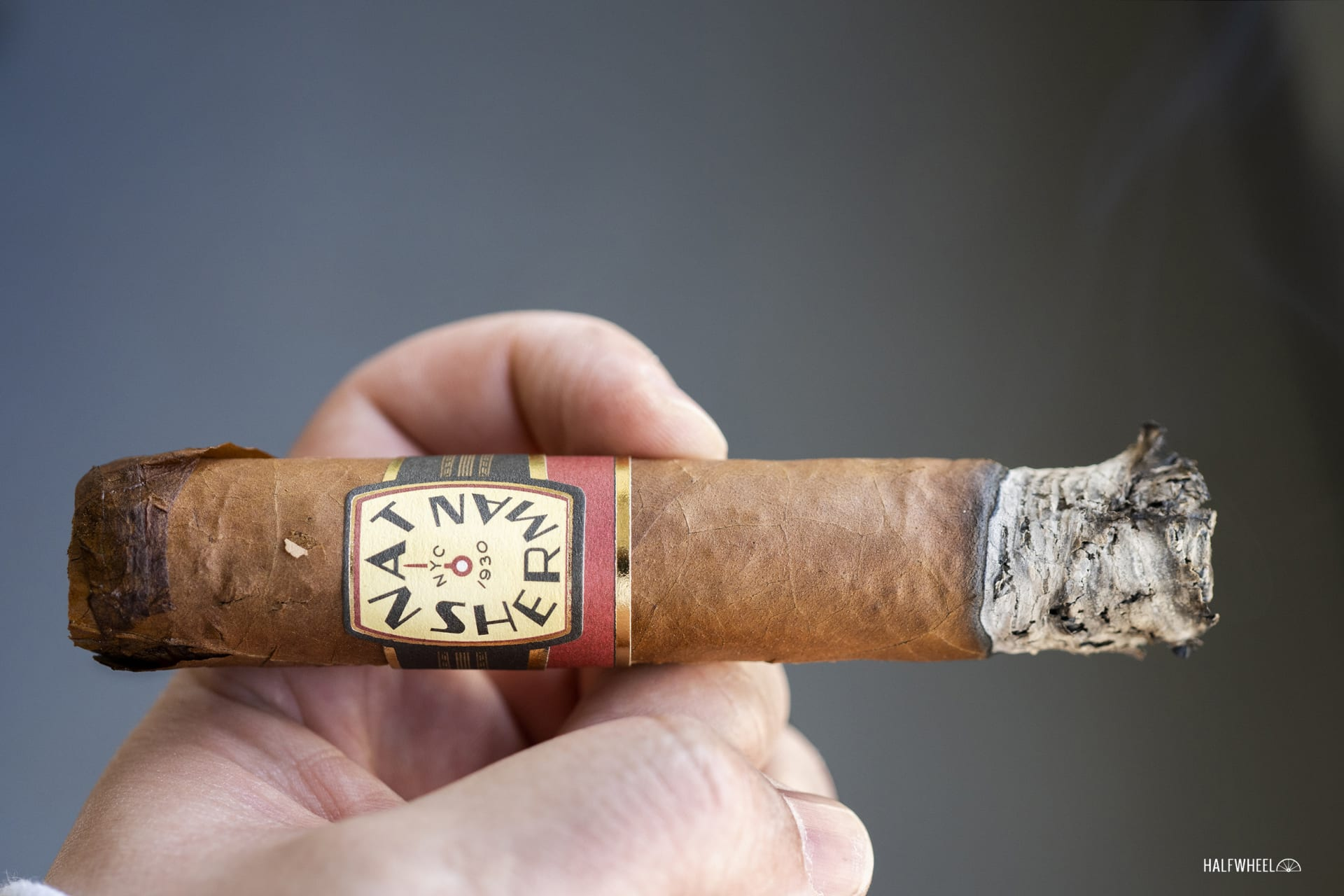 Nat Sherman Timeless Dominican 555 Featured Image