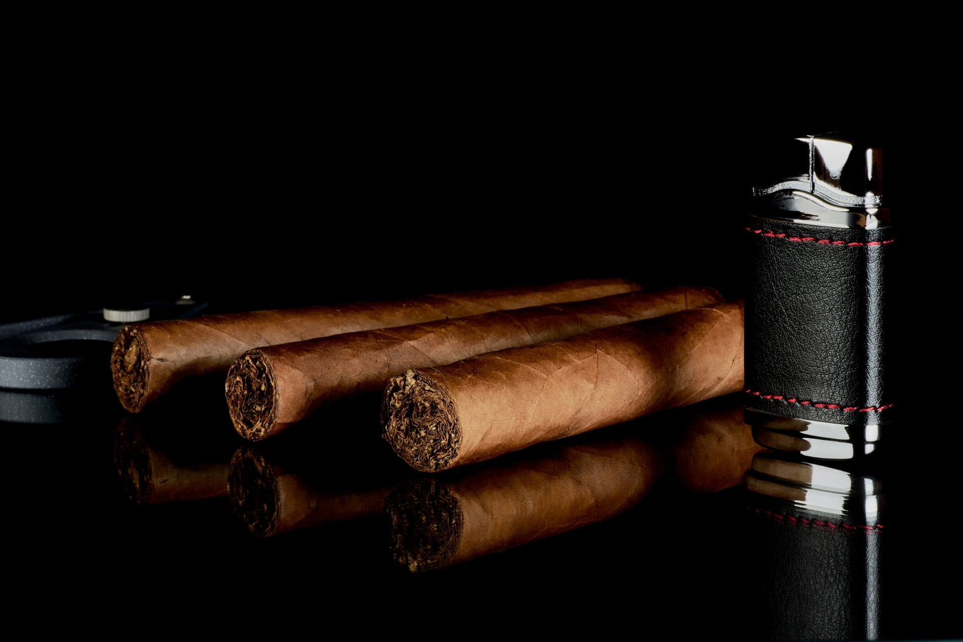 The 15 Best Cigar Lighters & Torches Featured Image