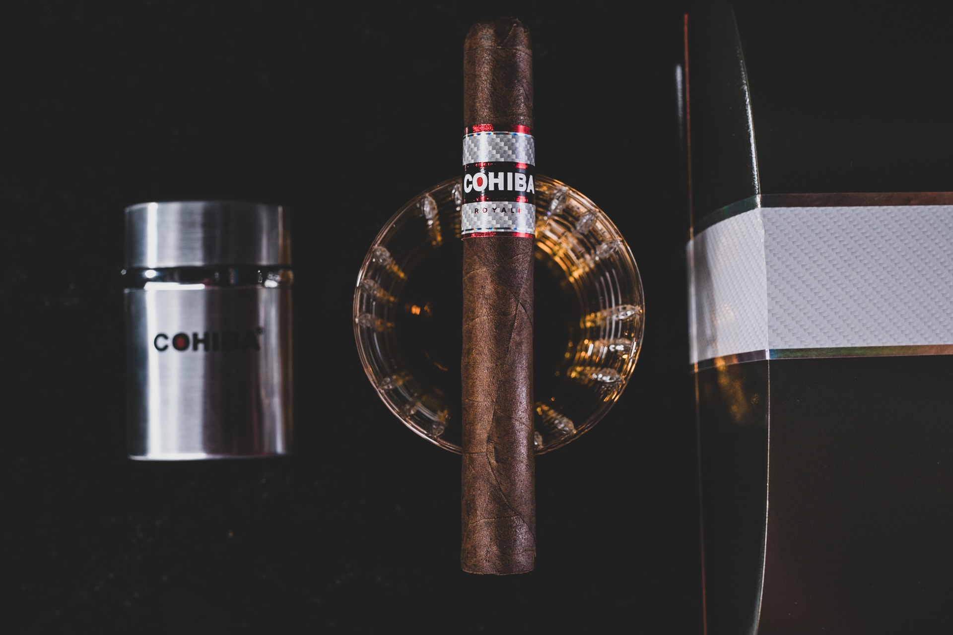 Best Drink Pairings For Cohiba Cigars Featured Image