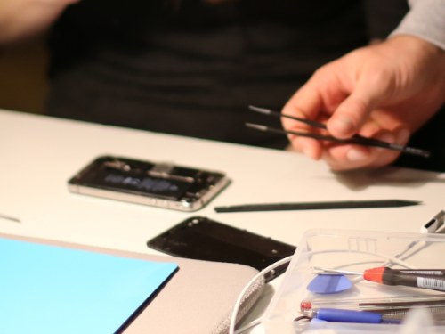 Smartphone selbst reparieren