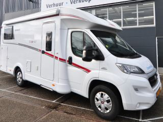 Comfort enkele bedden (21) – Spacious, luxurious and almost new 4-person camper with single beds and fold-out bed