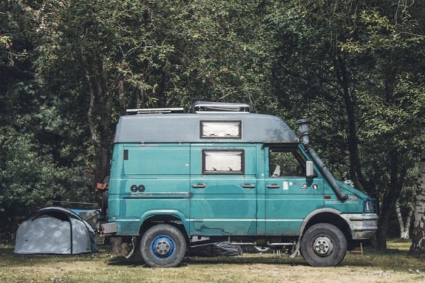 Van Life - The Beginner's Guide to Living in a Campervan