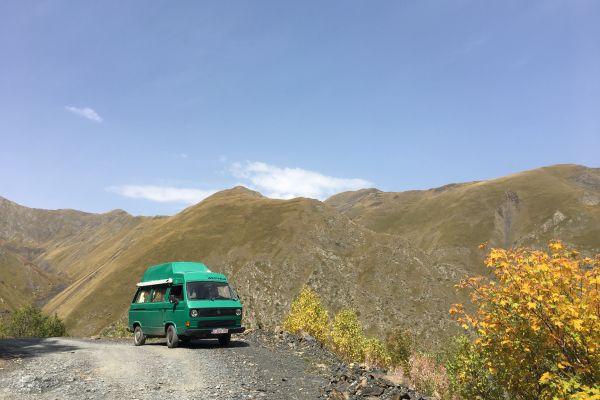 Camperreis door Centraal-Azië - Het avontuur van Karen en Rudy