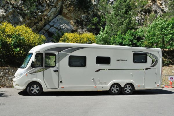 Rules for Driving in France with a Motorhome