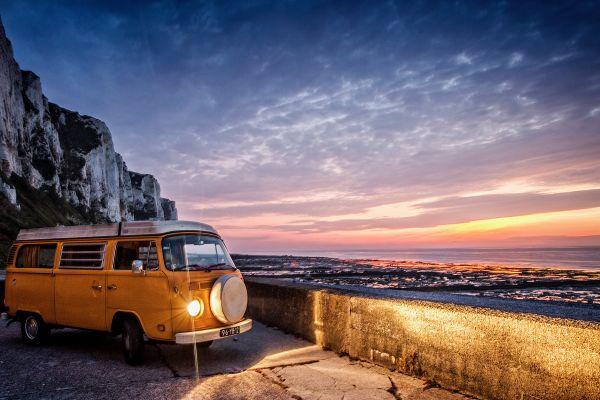 Guidare in libertà: tutto quello che devi sapere per organizzare un viaggio on the road in camper