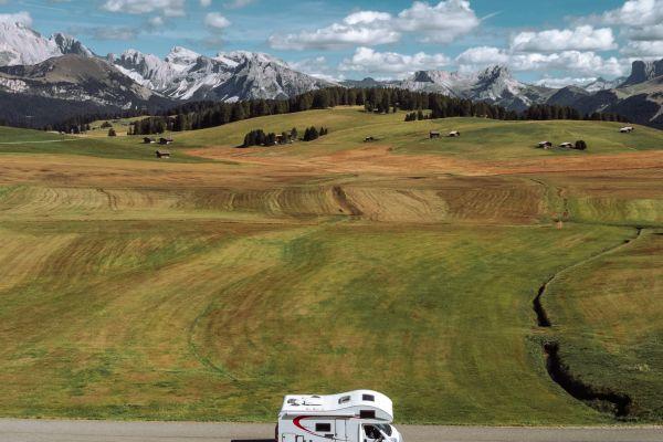 Ritorno al futuro: scopriamo le Dolomiti in camper