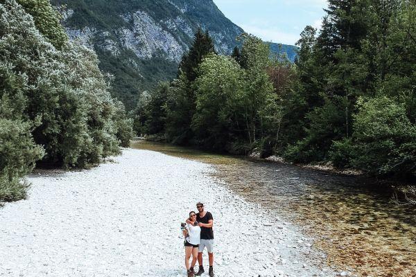 Desi en Leroy - Richting de bergen
