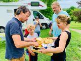 Saskia, Lex, Gijs en Teun trekken in 20 weken door Europa: Hongaarse taal zorgt voor verrassingen