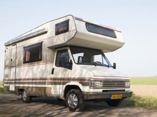 Classic, affordable camper (5 pers)!