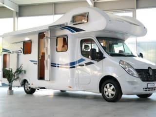 G-type – Luxe camper met winterbanden 200 extra's, navi, tv etc