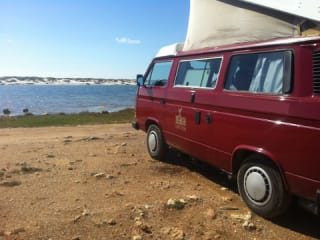 Baingio – Volkswagen T3 with Westfalia equipment for your holidays in Sardinia