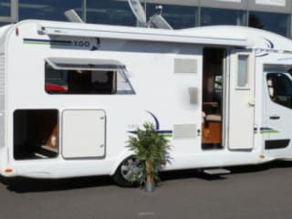 B-type – Modern family camper 4/5 pers, kilometer-free, navi, TV etc