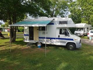 Campertje – een gezellige compacte camper met AIRCO