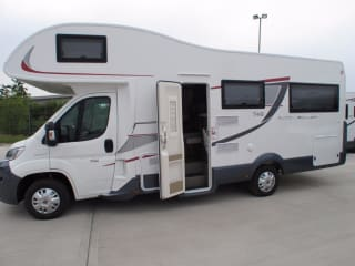 Luna 2 – 6 Berth Luxury Motorhome - Fiat Rollerteam 746 U shaped Lounge