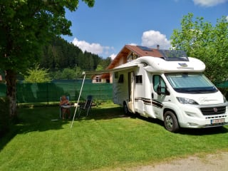 MC Louis MC4 Sovereign – Beautiful fully equipped MC Louis camper ready to leave