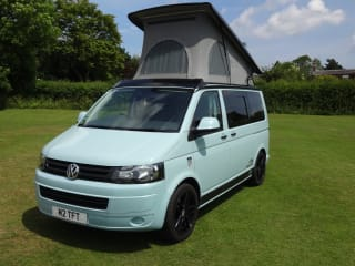 Baloo – Professionally converted VW T5 on the Derbyshire/Nottinghamshire Border