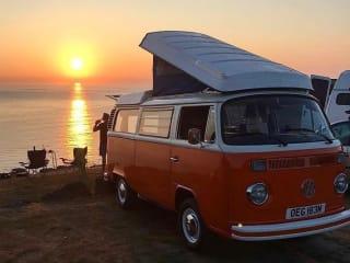 Blossom – Noleggio VW Camper Van classico in Cornovaglia