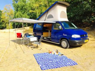 Ruime en complete VW 2.5 TDI camper (2003) met airco en cruisecontrol