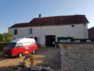 het rode draakje – Furgone Volkswagen compatto e nostalgico