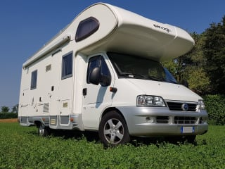 Ermanno Caravan – Elnagh Super D 112G