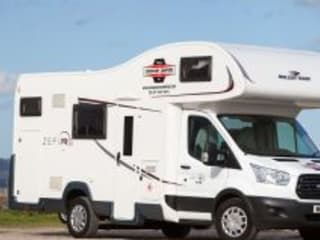 Luca – Motorhome – Sleeps 6 – Travels 6 (Dublin)