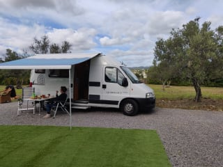 Fly drive Portugal. compact camper