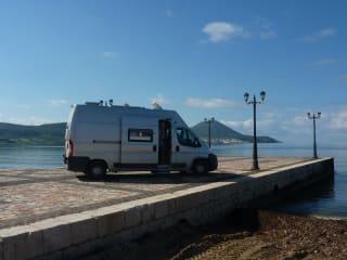 wielmobiel – Compacte 2-persoons reiswagen voor lange mensen
