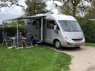 Reuze Camper – Beautiful complete Burstner Aviano