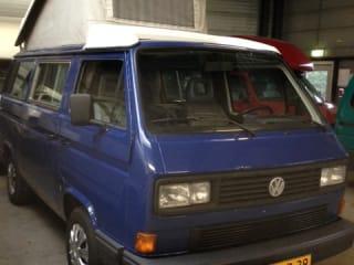 Retro VW T3 met hefdak te huur!