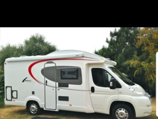 Beautiful, new and very comfortable camper, for rent