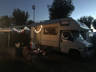 Compact and comfortable (family) camper