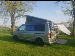 Reliable and comfortable bus camper, very complete including AIRCO!